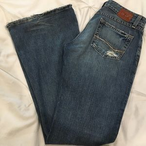 BKE Star Jeans Size 26 x 31 1/2